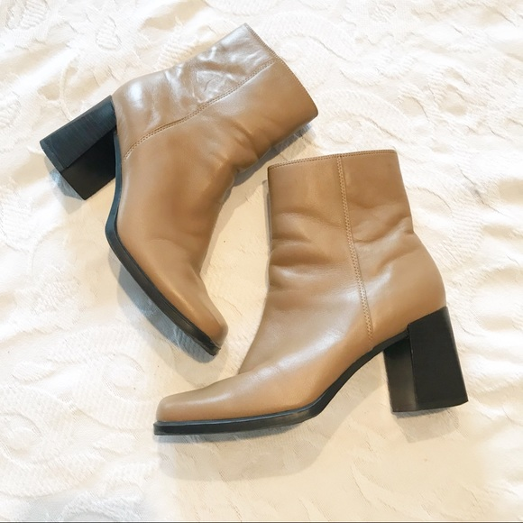 4d32bd4b216 ... Square Toe Leather Block Heel Boots. M 5c0d48106a0bb708aa041df8